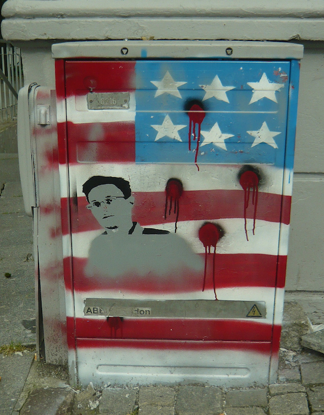Edward Snowden by unknown artist in Bergen, Norway. Photo by svennevenn.