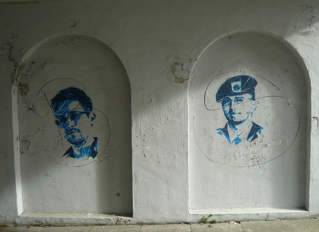 Edward Snowden and Chelsea Manning by an unknown artist in Bergen, Norway. Photo by svennevenn.