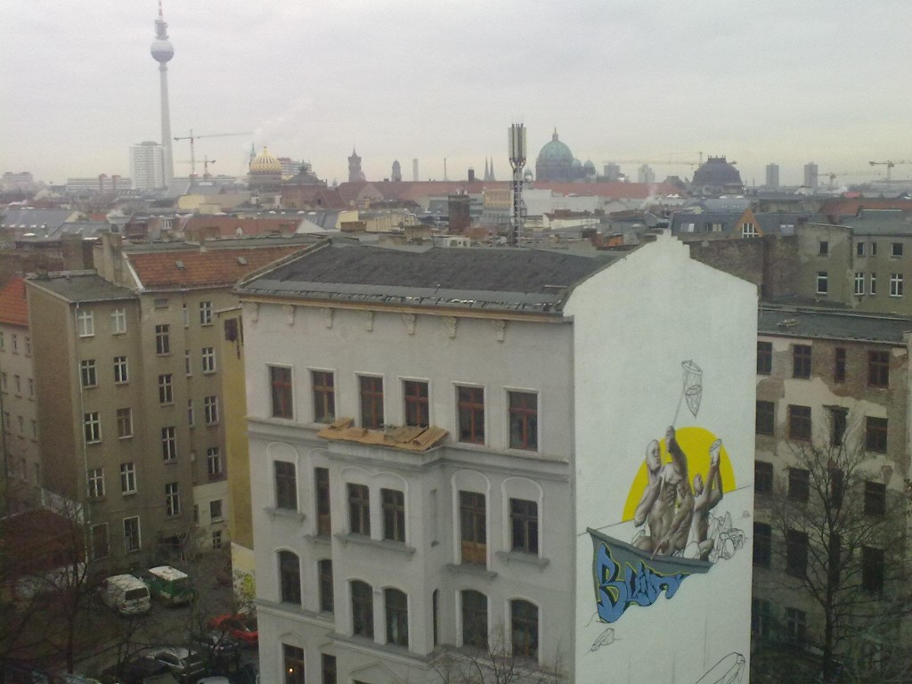 ma claim in berlin vandalog a street art blog. Black Bedroom Furniture Sets. Home Design Ideas