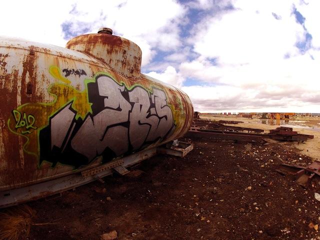 18_zas_apc_mdk_uyuni_bolivia_train_cementery