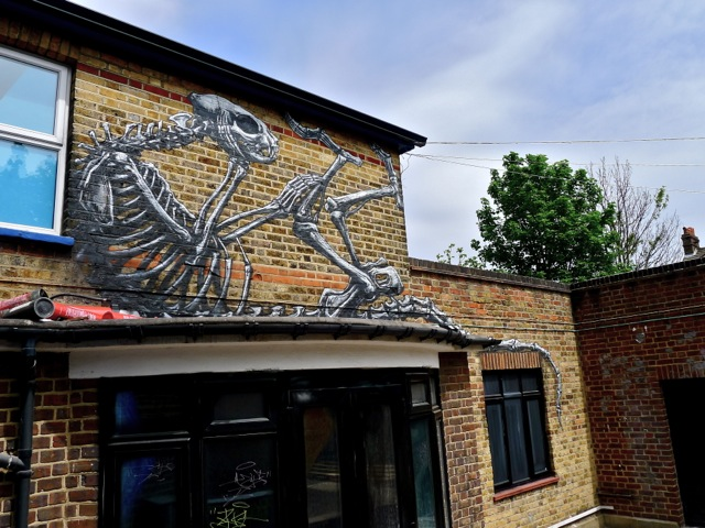 Roa, on the soon-to-be-demolished house. Photo by RJ Rushmore.