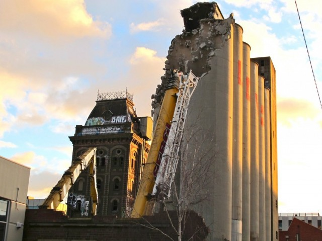 Silos come down (EDOB) - Photo by Dean Sunshine