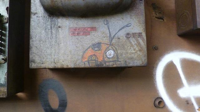 olive47_ladybug3