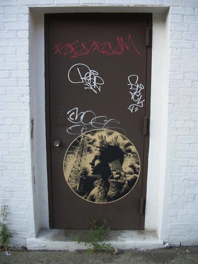 Unknown artist in New York City. Photo by Dave Baach.