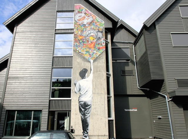 Martin Whatson at Stavanger's Scandic Hotel. His art also decorates the inside of the hotel.